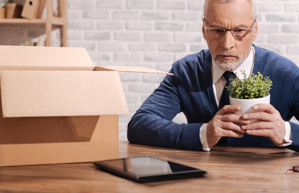 Пенсионеру отказать в открытии ИП могут по ряду причин